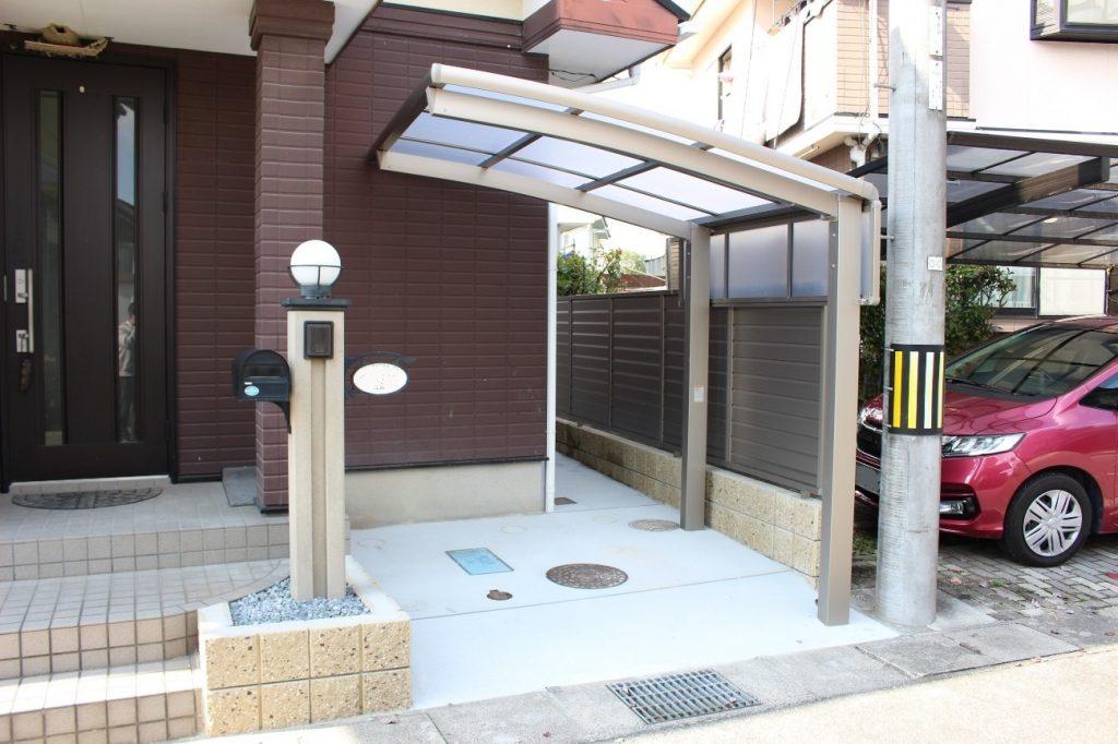 植栽を撤去して駐輪場を新設!サイクルポート&フェンス設置工事!