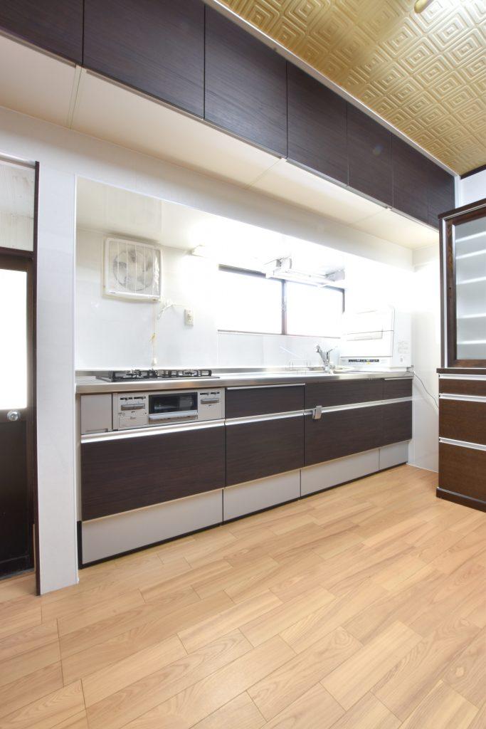 使い勝手と収納力のバランスを考えたキッチンを提案!キッチン&カーポート工事!