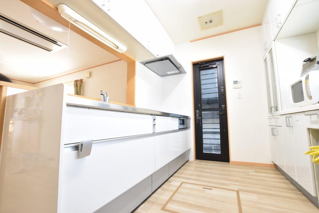 収納豊富で機能的なキッチンに♪キッチン取替工事!