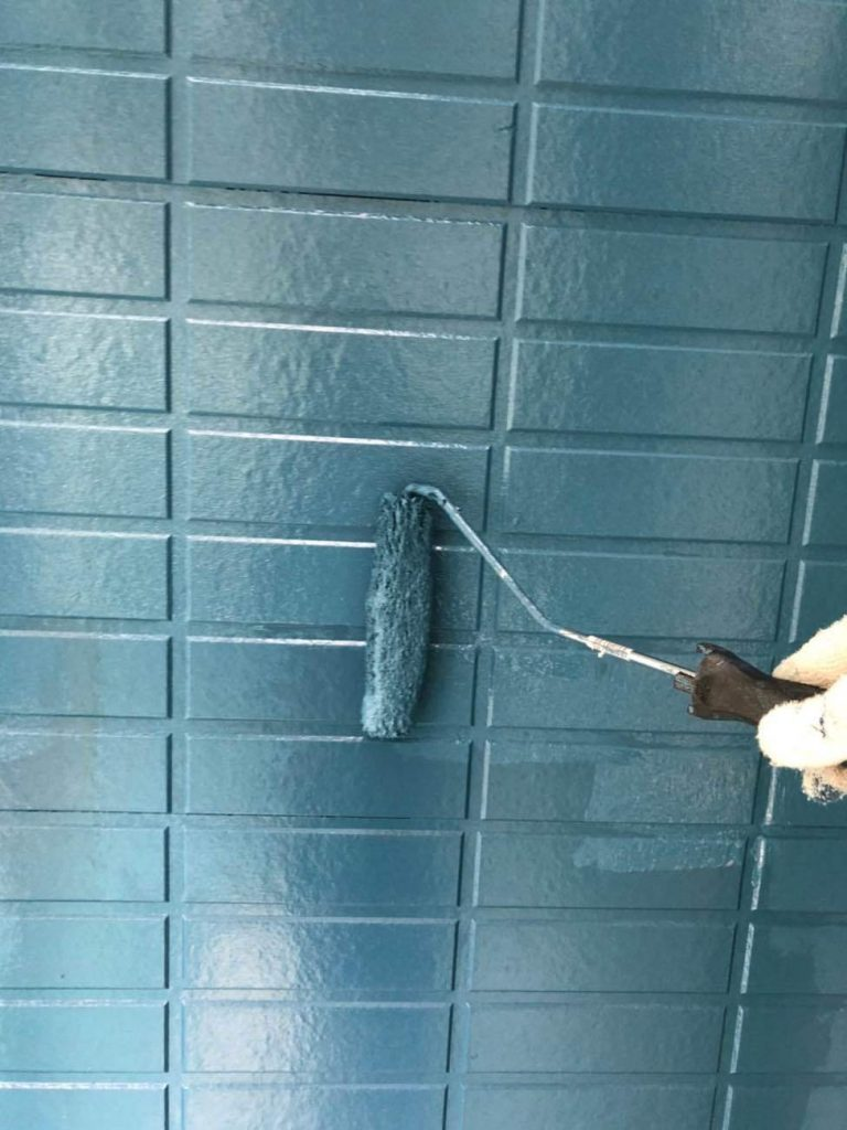 特徴的なブルーの外観!屋根外壁塗装工事!
