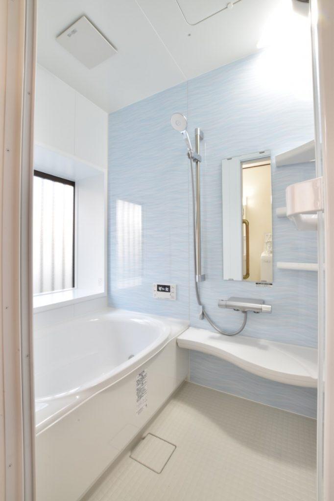 明るく快適な浴室空間に!浴室洗面所トイレリフォーム工事!